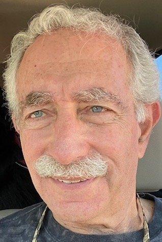 Safari Mike, Michael Appelbaum